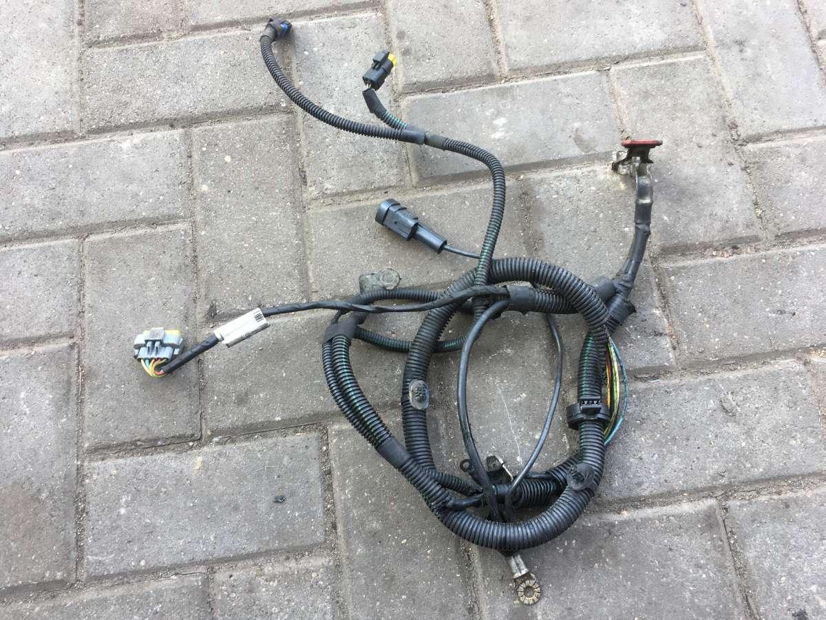 Клемма аккумулятора плюс (провод) Peugeot 407
