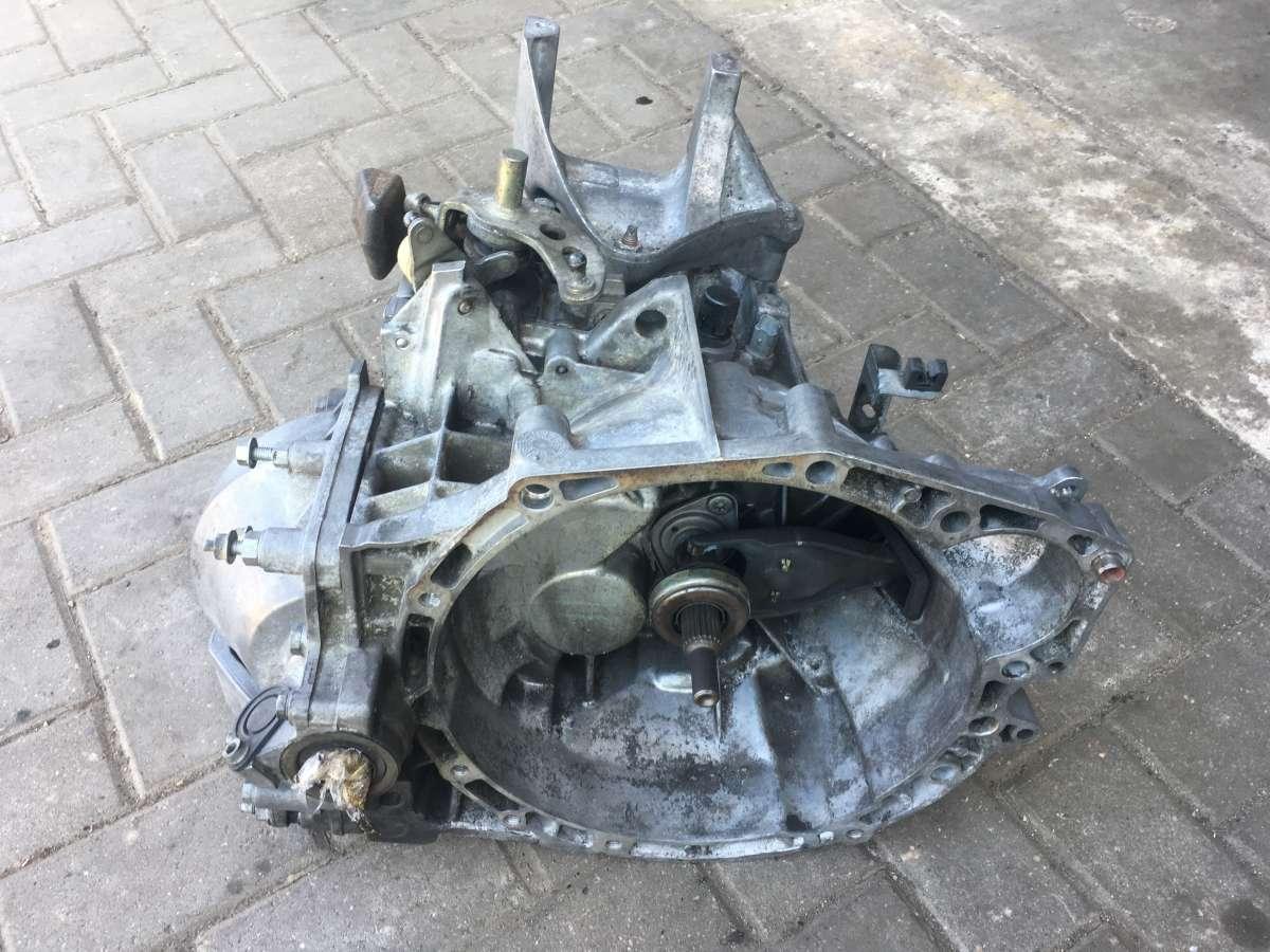 Коробка передач механическая (МКПП) Peugeot 407 20MB02,0160977