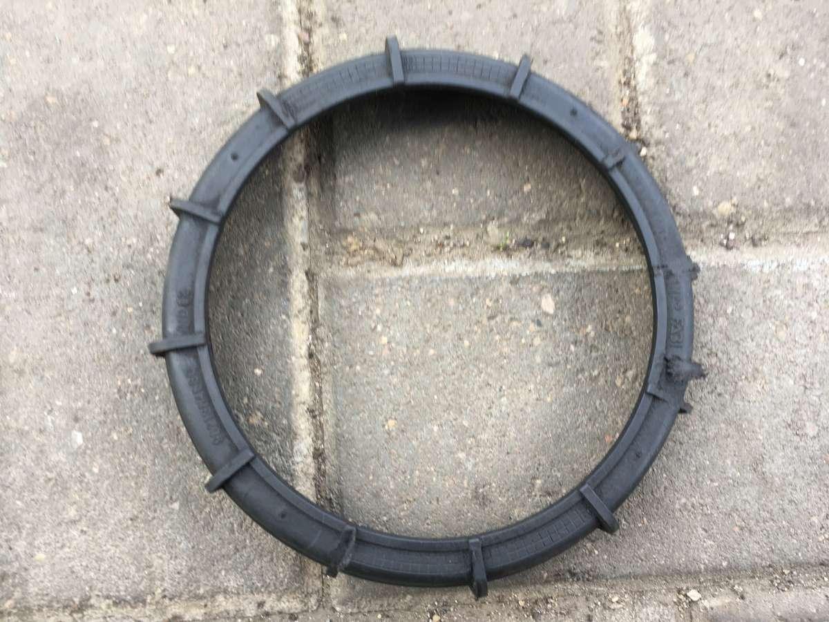 Кольцо зажимное топливозаборника   9621364680