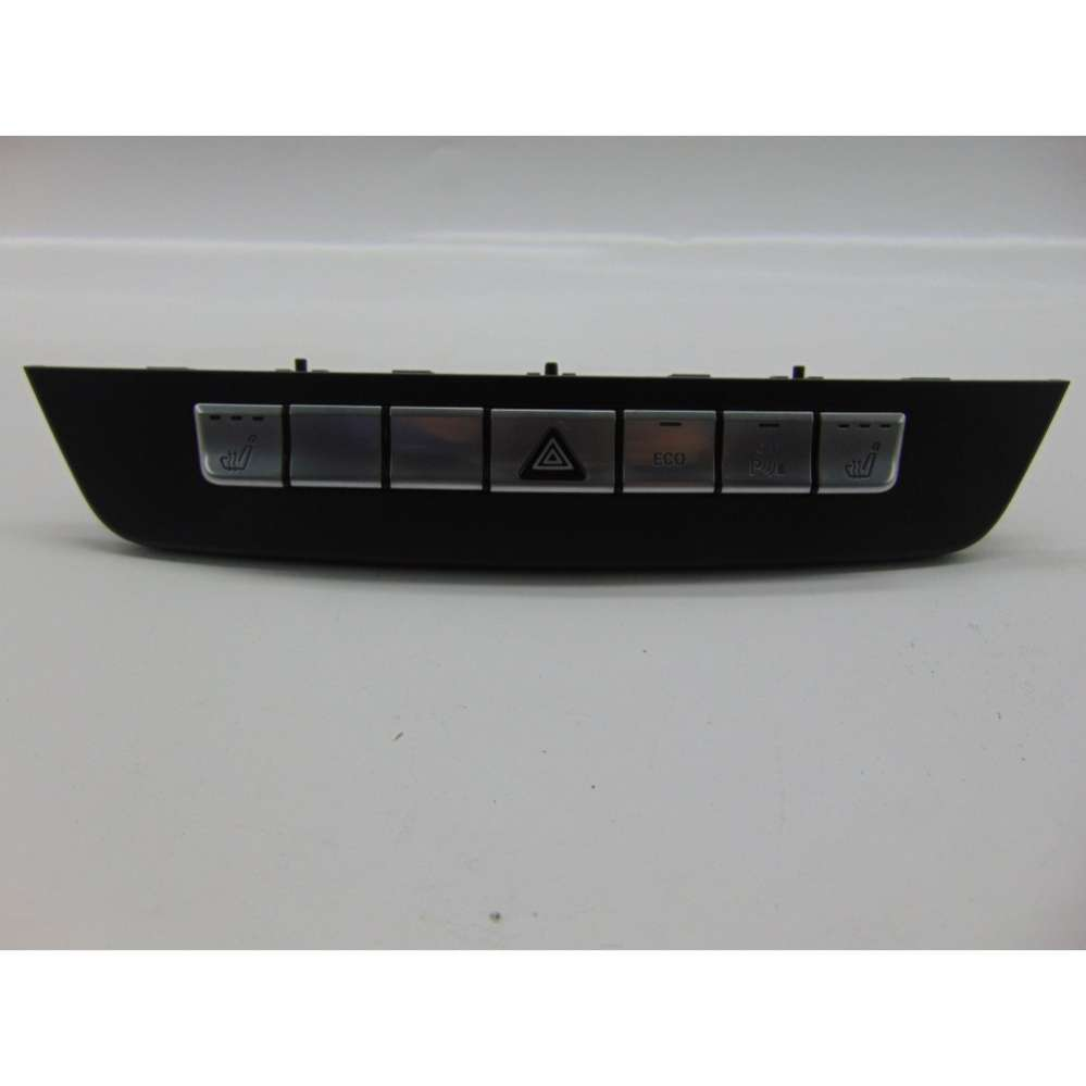 Блок кнопок Mercedes C W204 A2049050302