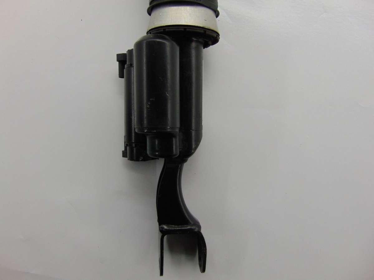 Стойка амортизатора переднего правого | Фото 6