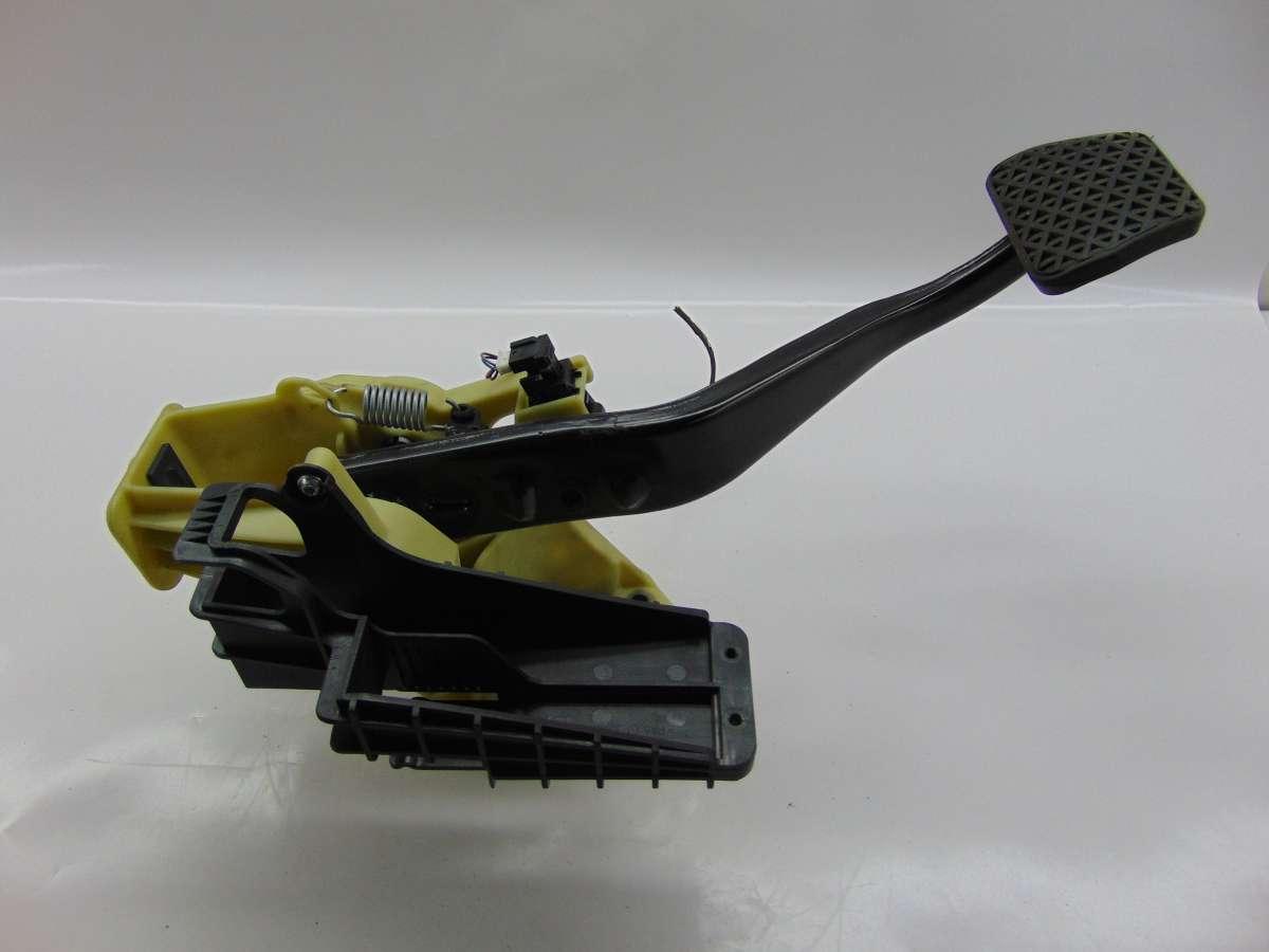 Педаль тормоза | Фото 7