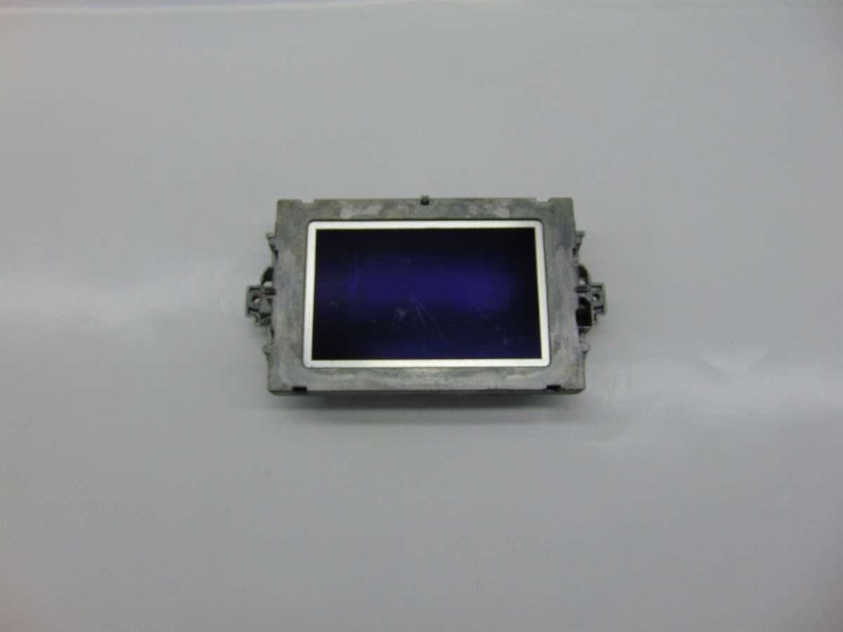 Бортовой компьютер (дисплей) Mercedes C W204 A2049007508