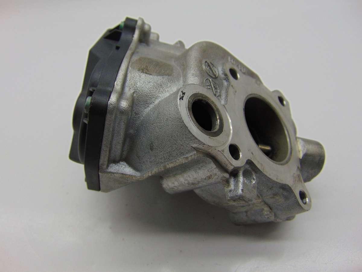 Клапан EGR Mercedes C W204 A6511400160,A6511400360,A6511400660