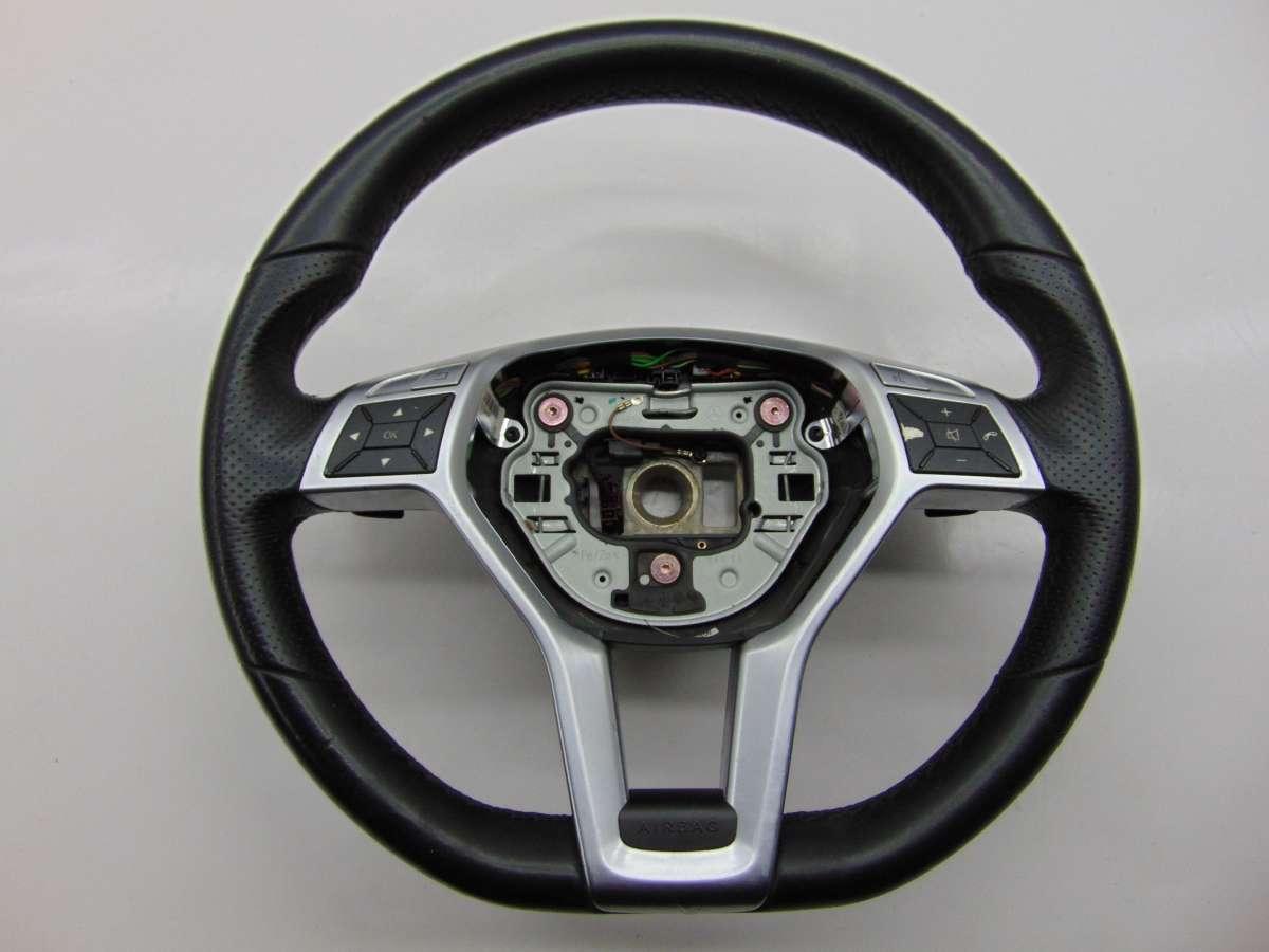 Рулевое колесо Mercedes C W204 A1724602803