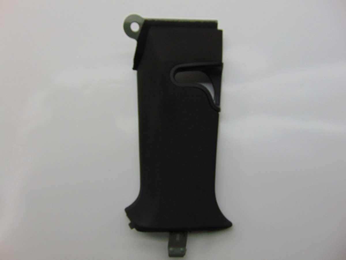 Обшивка стойки центральной правой (накладка) Mercedes C W204 A2046904026
