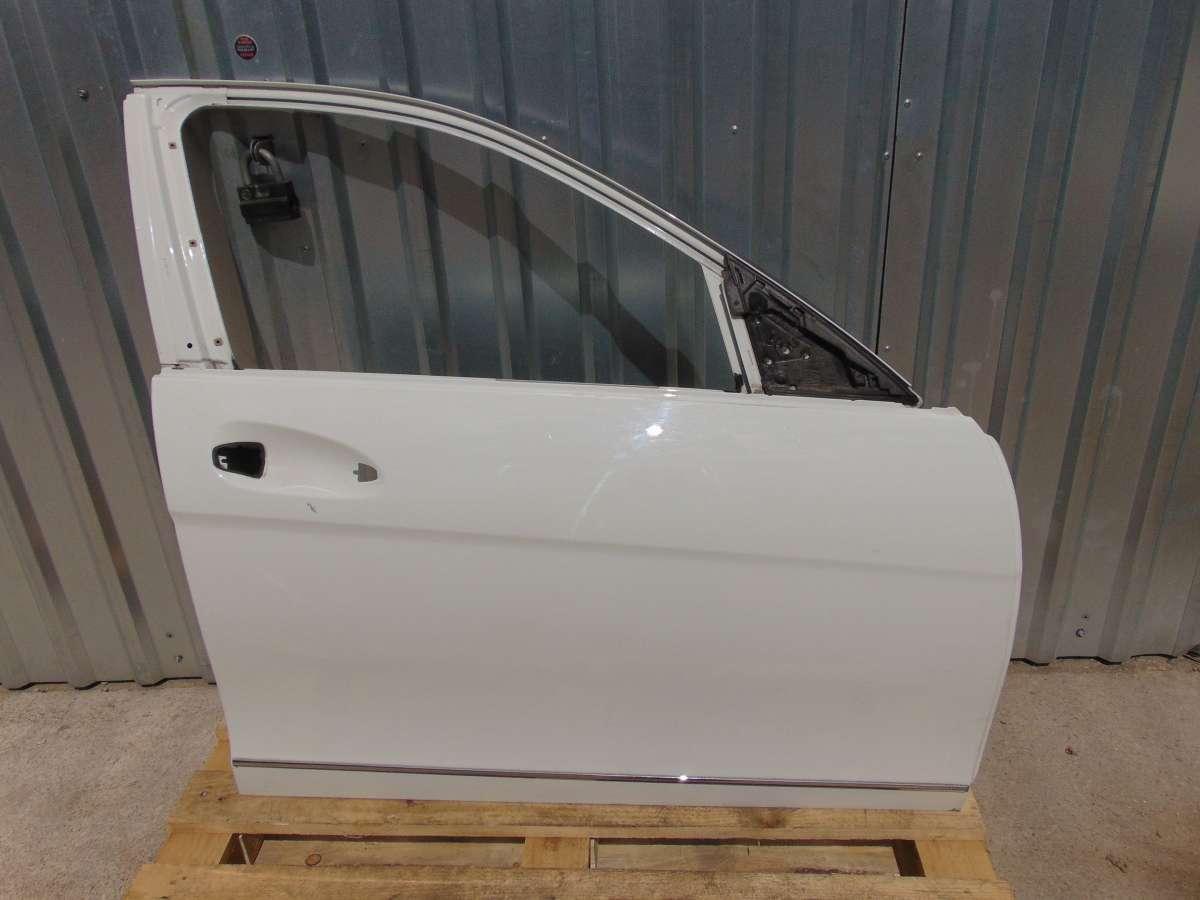 Дверь передняя правая Mercedes C W204