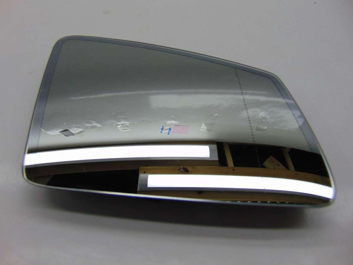 Стекло зеркала правого Mercedes C W204 A2128100421