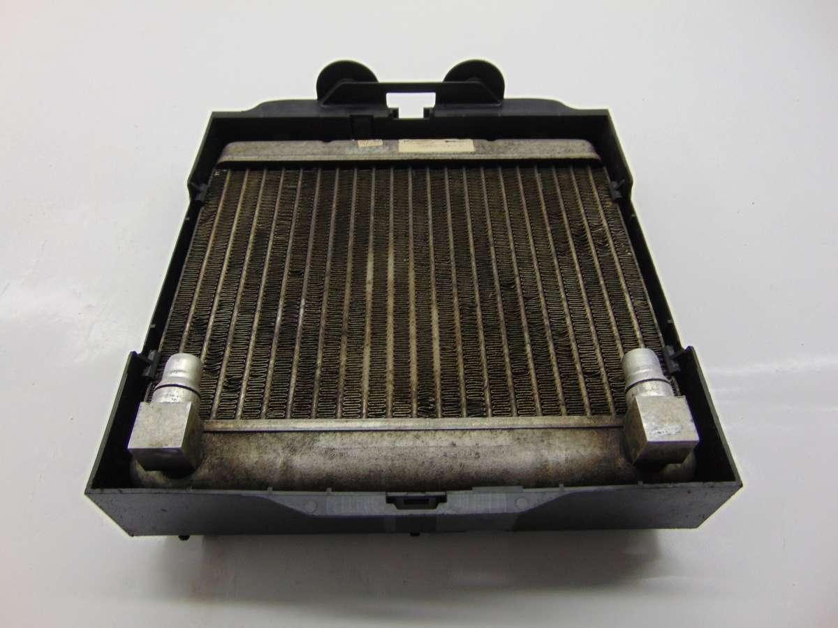 Радиатор масляный BMW 7 F01,F02 7572542,17217572542