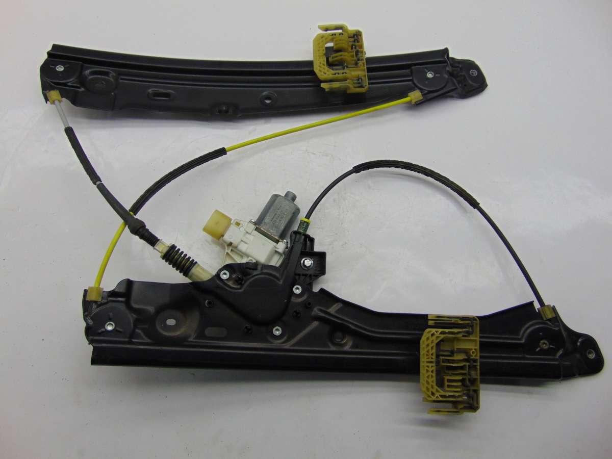 Стеклоподъемник правый передний BMW 7 F01,F02 51337182106,7182106