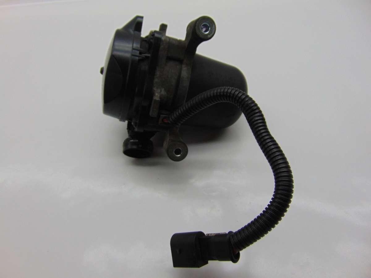 Насос продувки катализатора BMW 7 F01,F02 11727583871