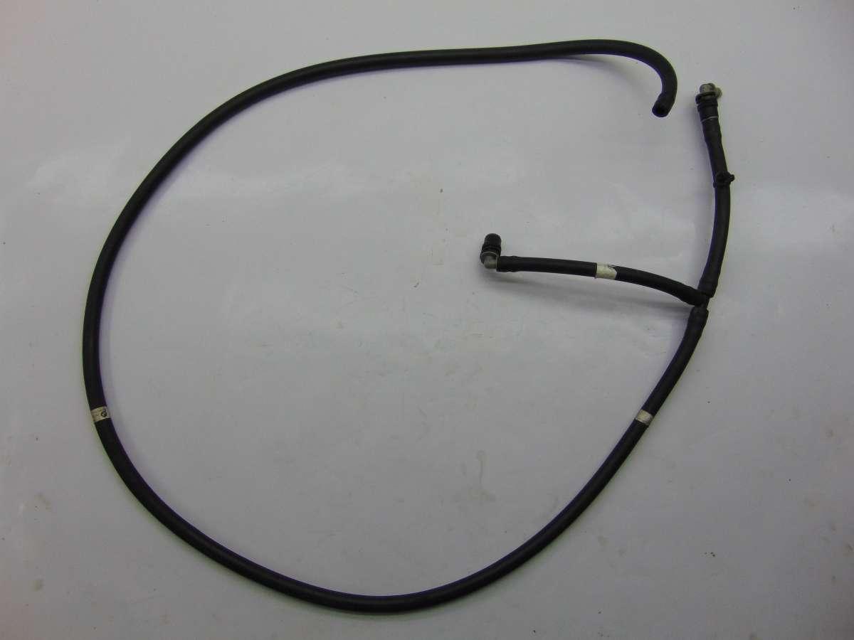 Патрубок (трубопровод, шланг) BMW 7 F01,F02 61667178747