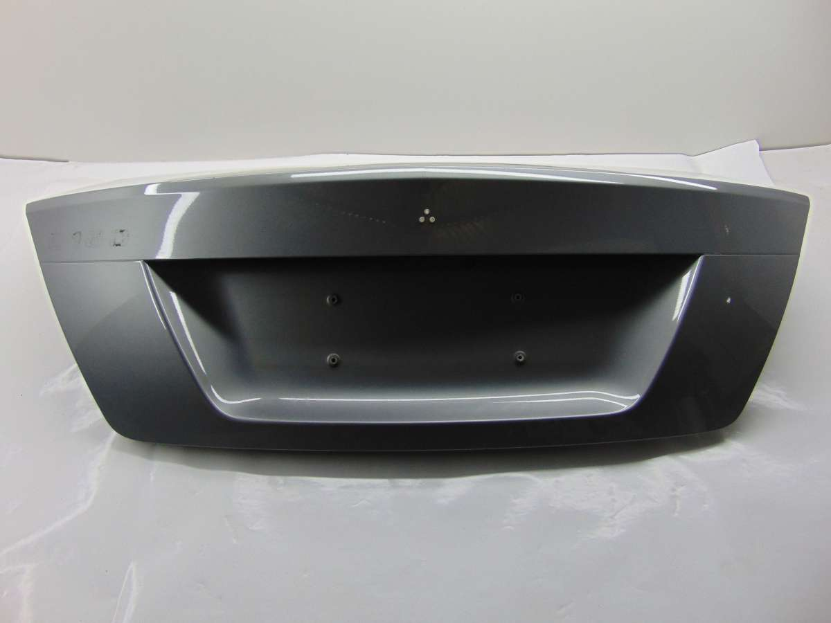 Крышка багажника (дверь 3-5) Mercedes C W204 A2047500075