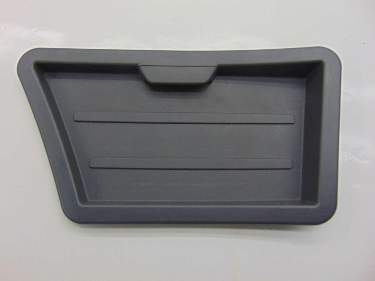 Заглушка обшивки багажника    51479155940,9155940