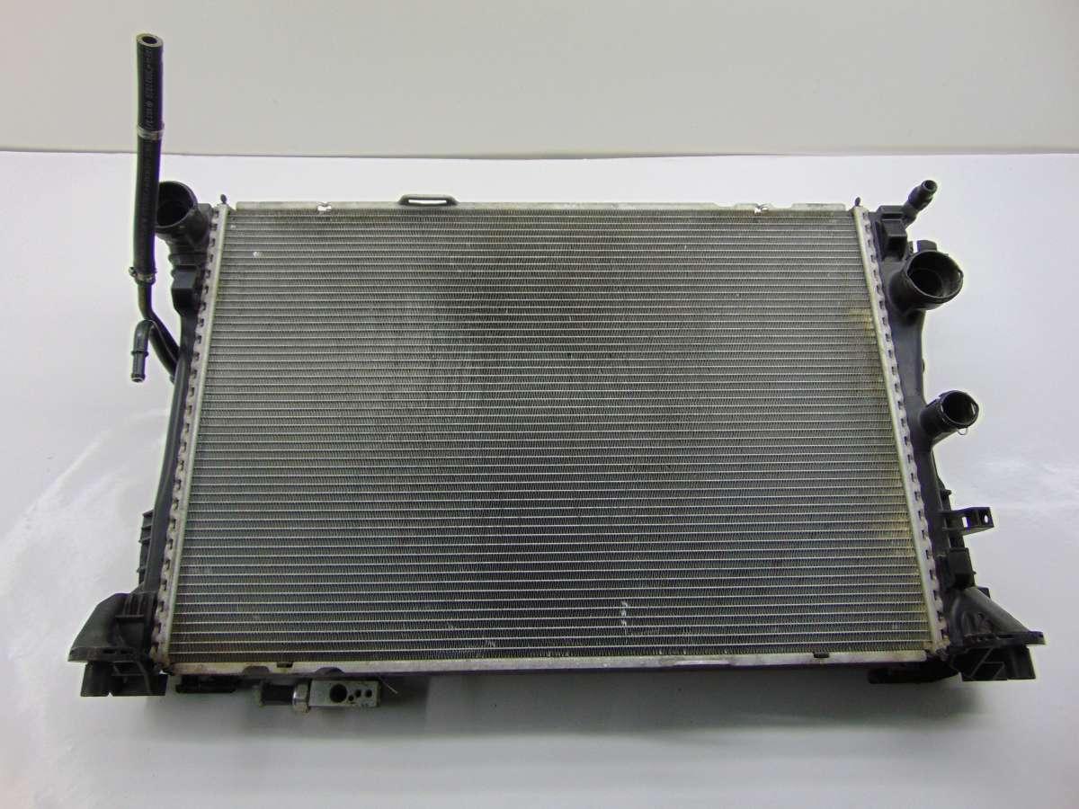 Радиатор кондиционера  Mercedes C W204 A2045000554,A2045000254,A2045000654