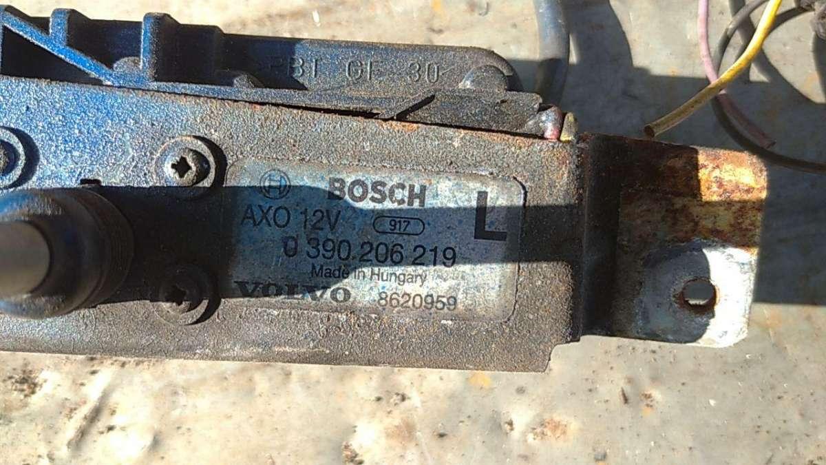 Насос (моторчик) омывателя фар   390 206 219