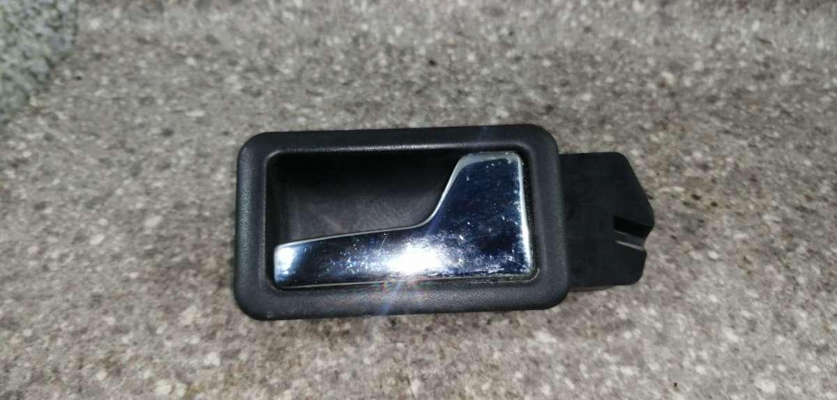 Ручка внутренняя Audi 100 C3